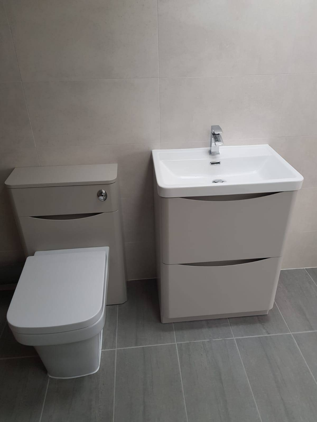 En-suite fitting Bromsgrove